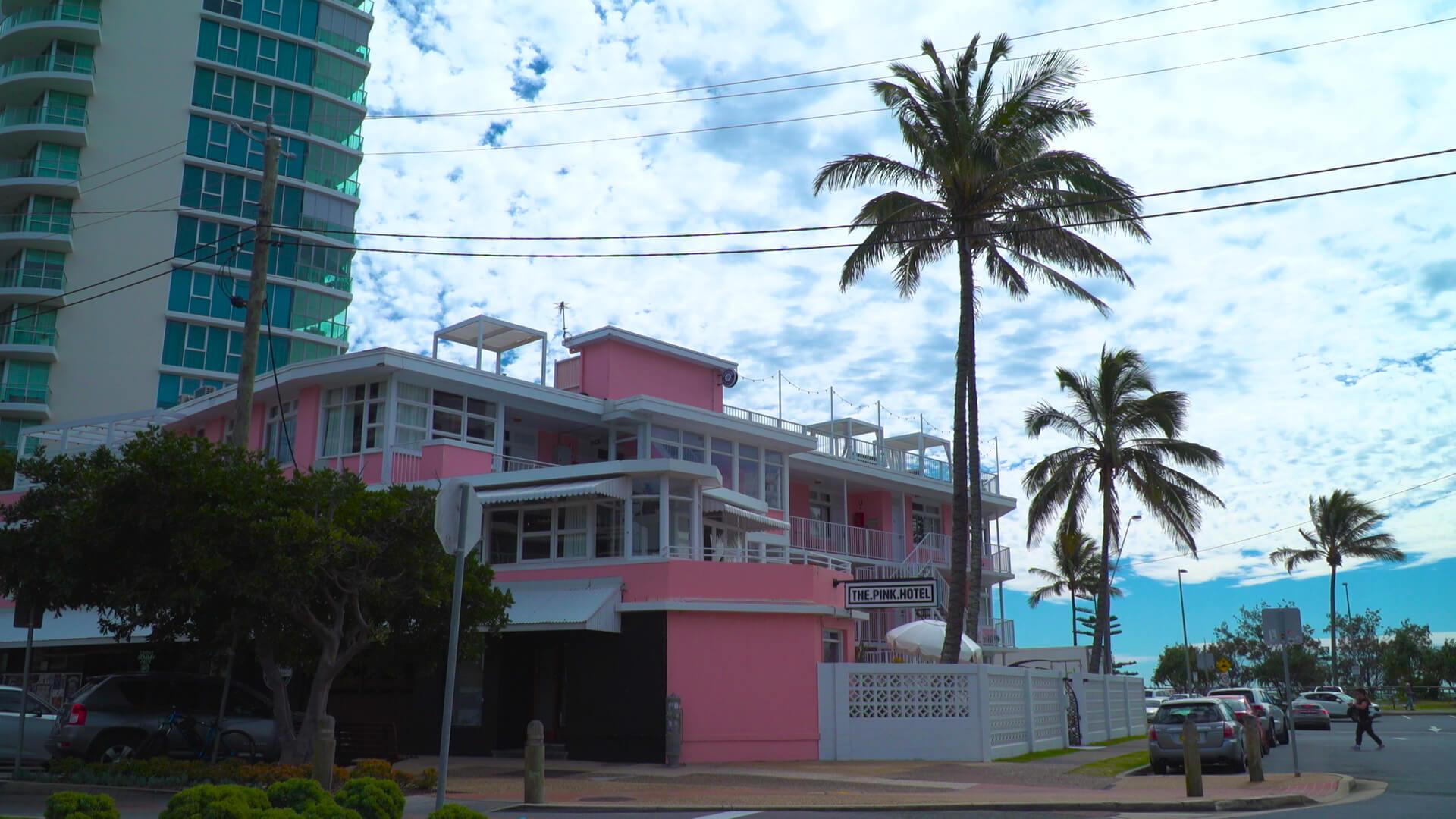 Pink Hotel (1)